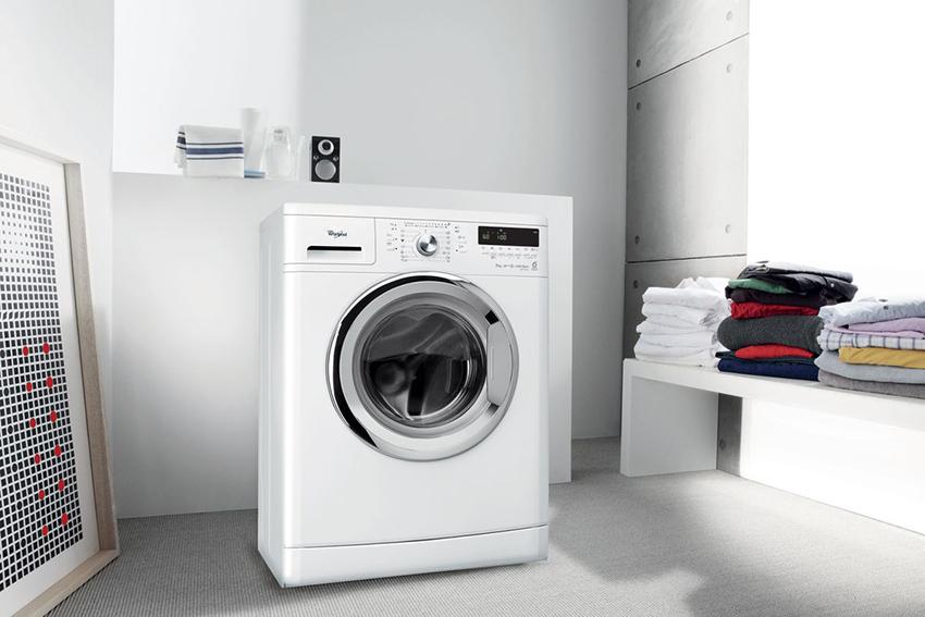 По типу загрузки стиральные машины бывают вертикальные и фронтальные