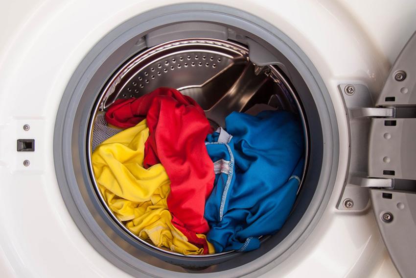 В среднем компактные стиральные машины рассчитаны на стирку 3-6 кг белья