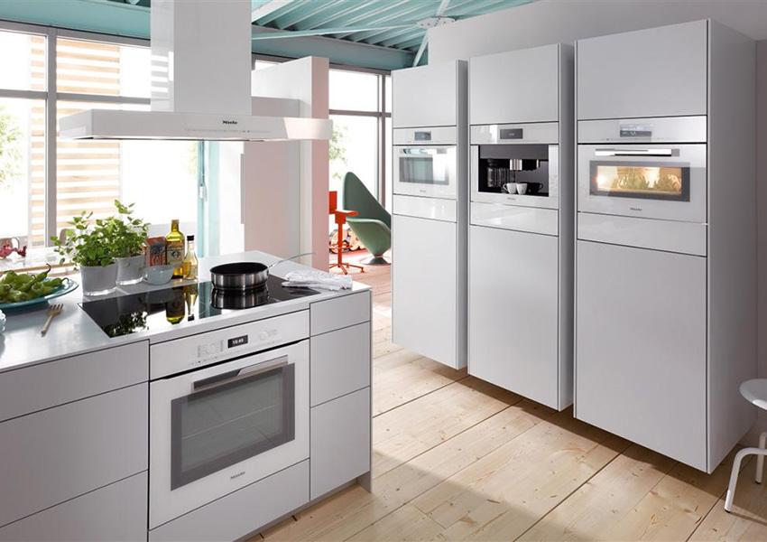 Покупка вытяжки избавит кухню от неприятных запахов