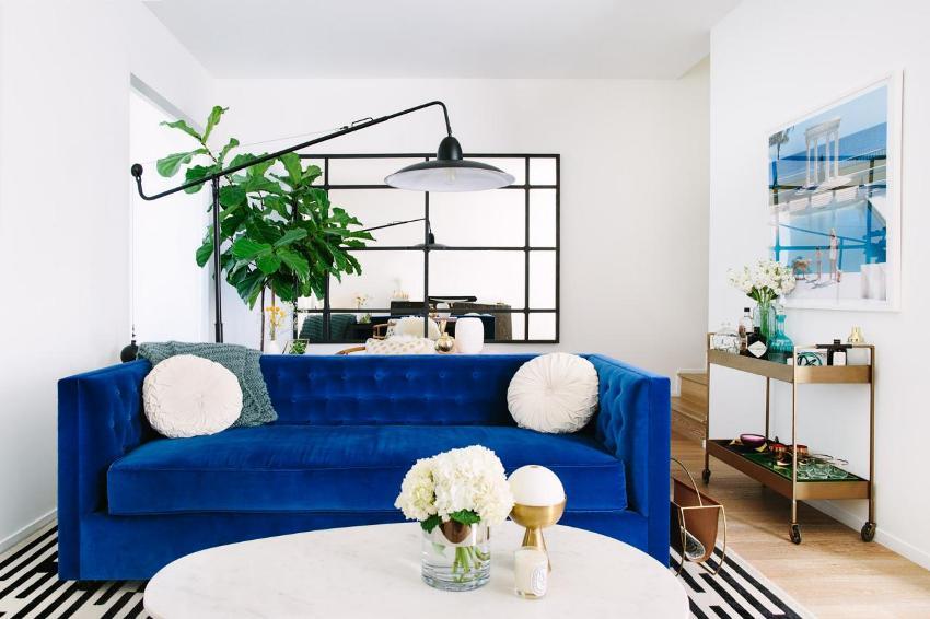 При небольших габаритах внутреннего пространства двухкомнатной квартиры, нужно организовать максимальный простор и комфорт