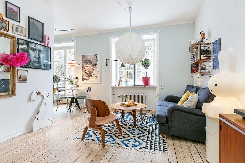 Если квартира Хрущевка рассчитана на одного-двух жильцов, то из смежной комнаты и кухни делается просторная студия