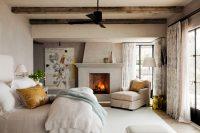 В квартирах как правило устанавливают газовый или электрический камин