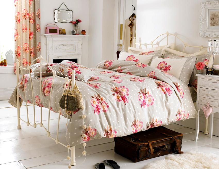 Чаще всего в стиле прованс используются светлые пастельные оттенки