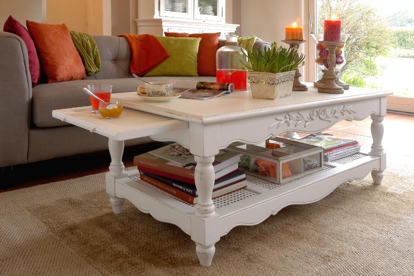 Наиболее распространенные цвета мебели в стиле прованс – серый и белый с элементами искусственного старения (потертости, трещины, сколы)