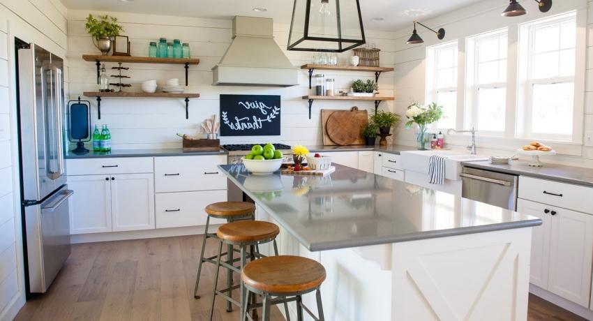 Материалы для поверхностей Montelli позволяют реализовать самые смелые идеи кухонного дизайна и добиться сочетания долговечной красоты и практичности