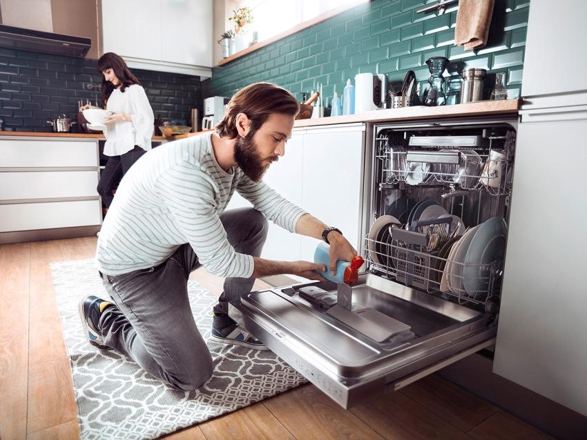 Существует целая группа детергентов для посудомоечных машин, которые нужны в разное время, в разных целях и в разных дозах