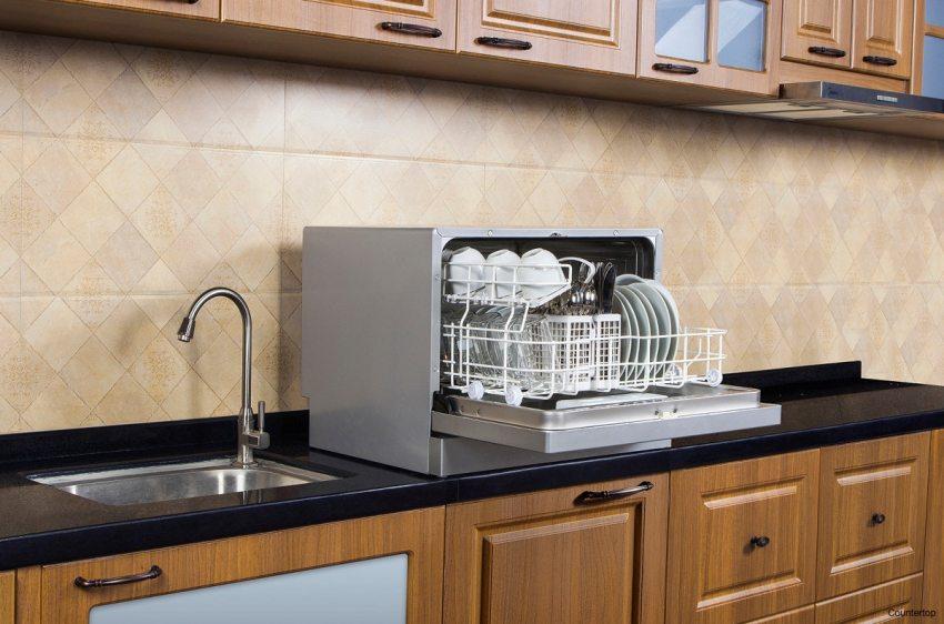 Одним из главных преимуществ в посудомоечных машинах это то, что посуду не нужно будет сушить или же вытирать полотенцем