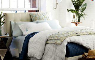 Кровать с мягким изголовьем: оригинальная и удобная часть интерьера
