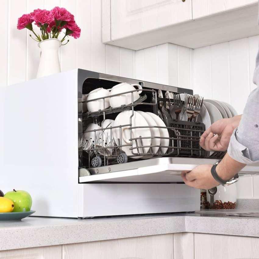 Основное преимущество компактной посудомойки – возможность ее размещения практически в любом месте на кухне