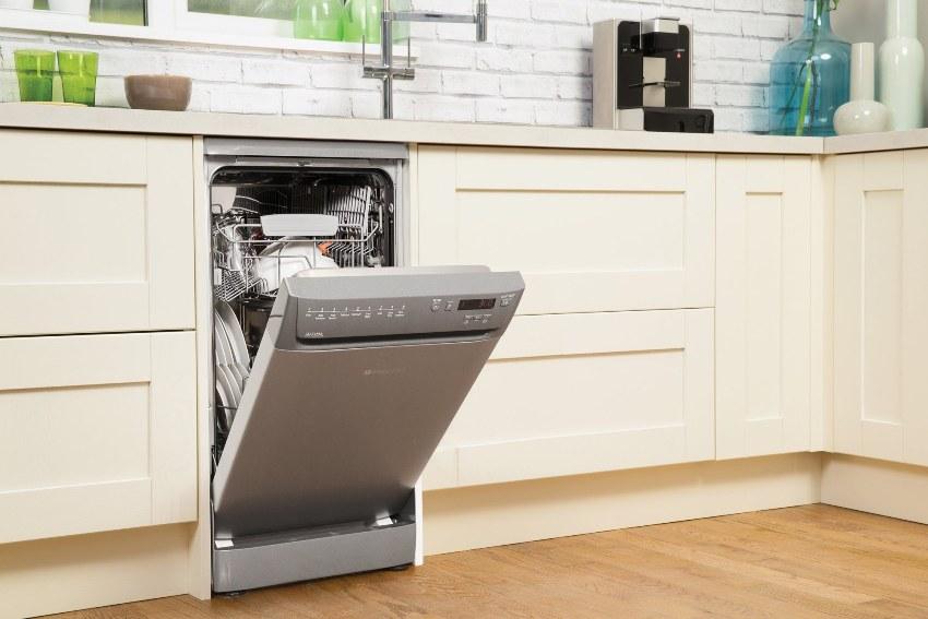 Мобильность – один из несомненных плюсов отдельностоящих моделей посудомойки