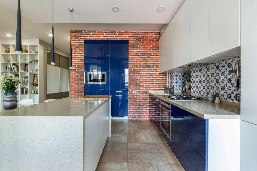 При составлении проекта квартиры-студии немаловажно уделить внимание зонированию помещения и концепции интерьера