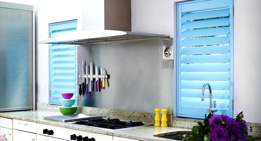 Жалюзи на кухню: стильный элемент декора в современном интерьере