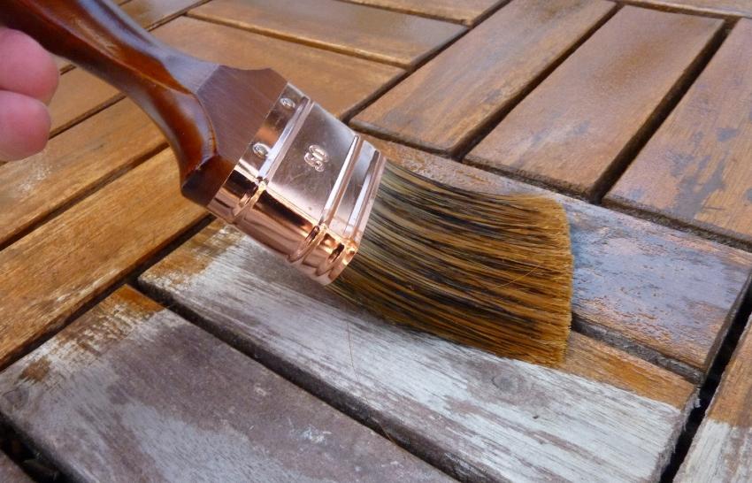 После нанесения антисептика древесина может немного изменить свой оттенок