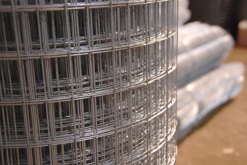 Оцинкованная армирующая сетка остается весьма популярной в строительстве
