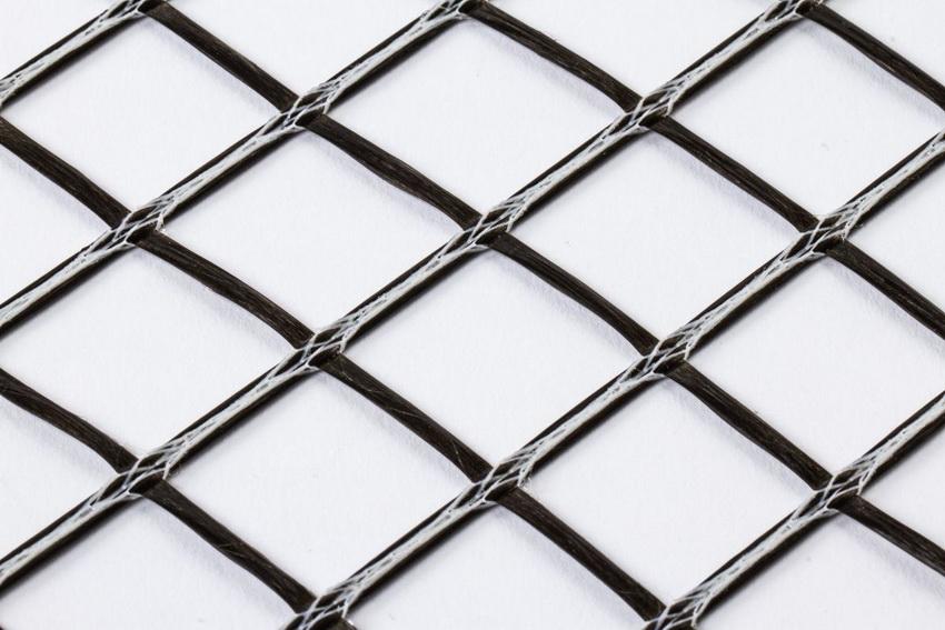 Базальтовая сетка с ячейками 50х50х4 мм - наиболее распространенный материал для армирования кладок из различных материалов