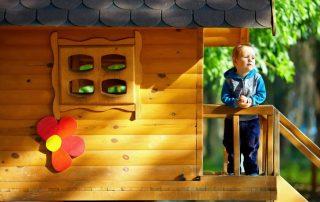 Детский домик своими руками: варианты, идеи и инструкции