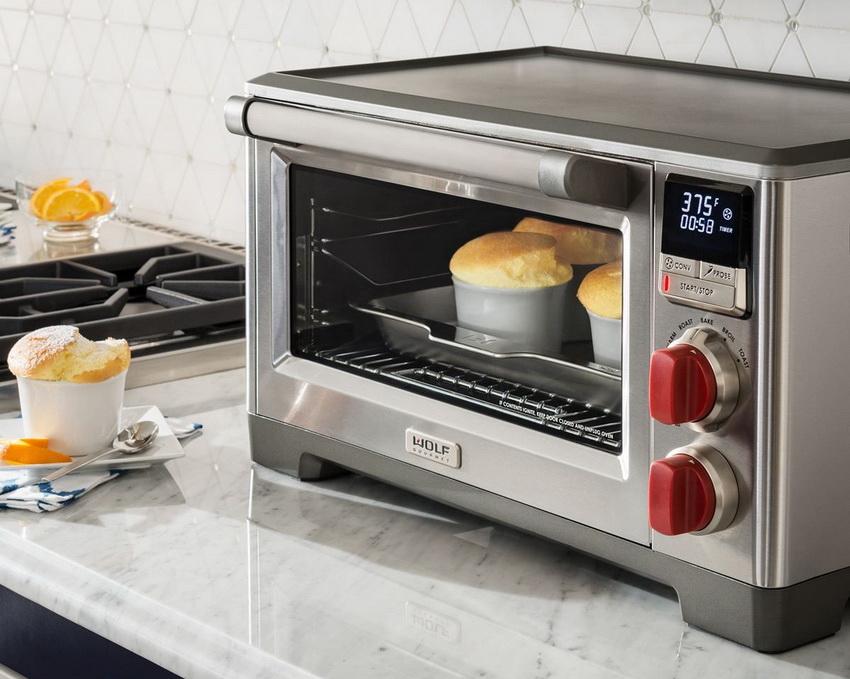 Компактную духовку можно установить в любом удобном месте на кухне