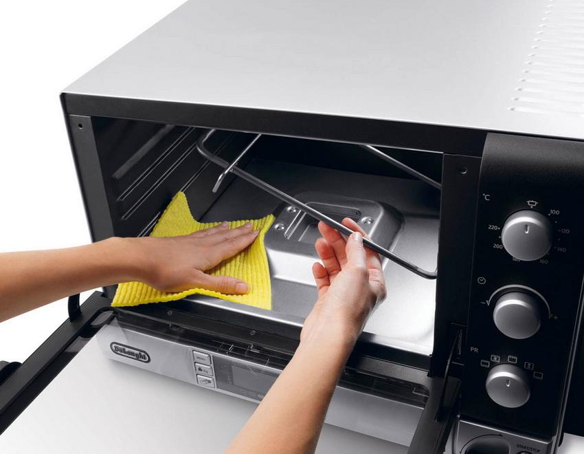 Многие модели имеют встроенную функцию очистки, которая позволяет облегчить этот процесс хозяйке