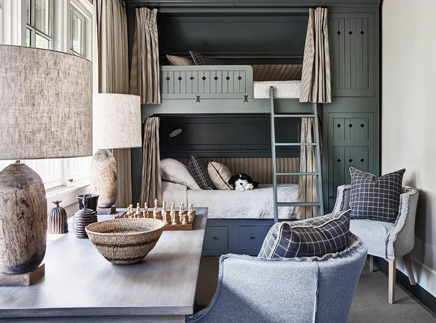 В качестве наполнения для кроватей чаще всего используется поролон