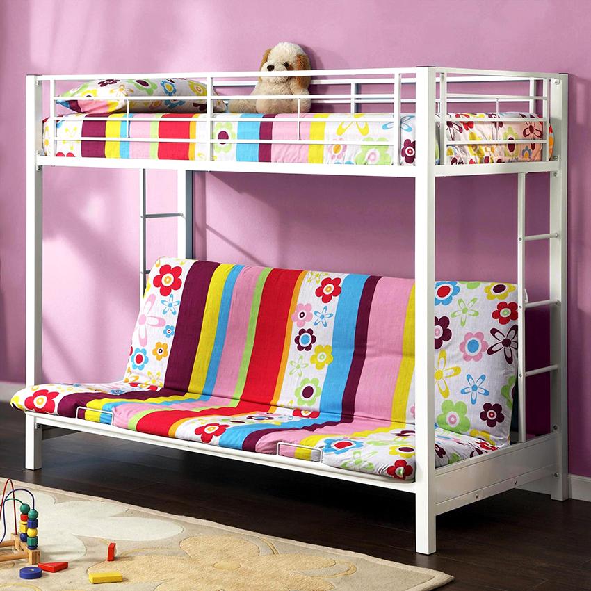 Конструкция кровати состоит из каркаса, дивана внизу и спального места вверху