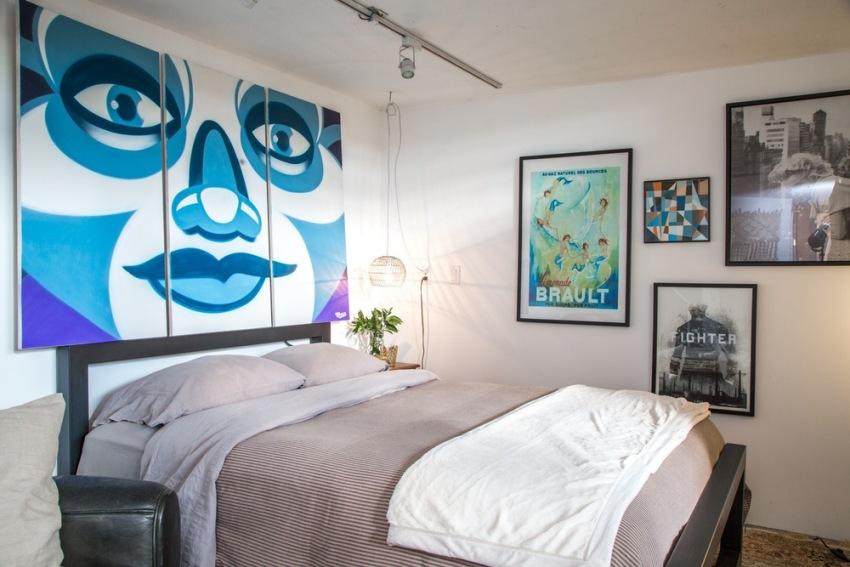 В спальне важно предусмотреть как общее, так и местное освещение