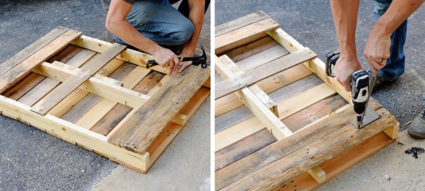 Стол из паллеты, шаги 4 и 5: заполнение досками нижнего основания стола и установка монтажных пластин