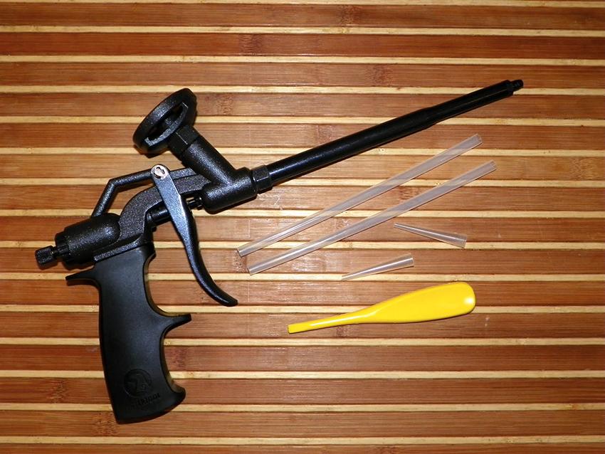 Пистолеты для монтажной пены Intertool отличаются невысокой стоимостью и хорошим качеством