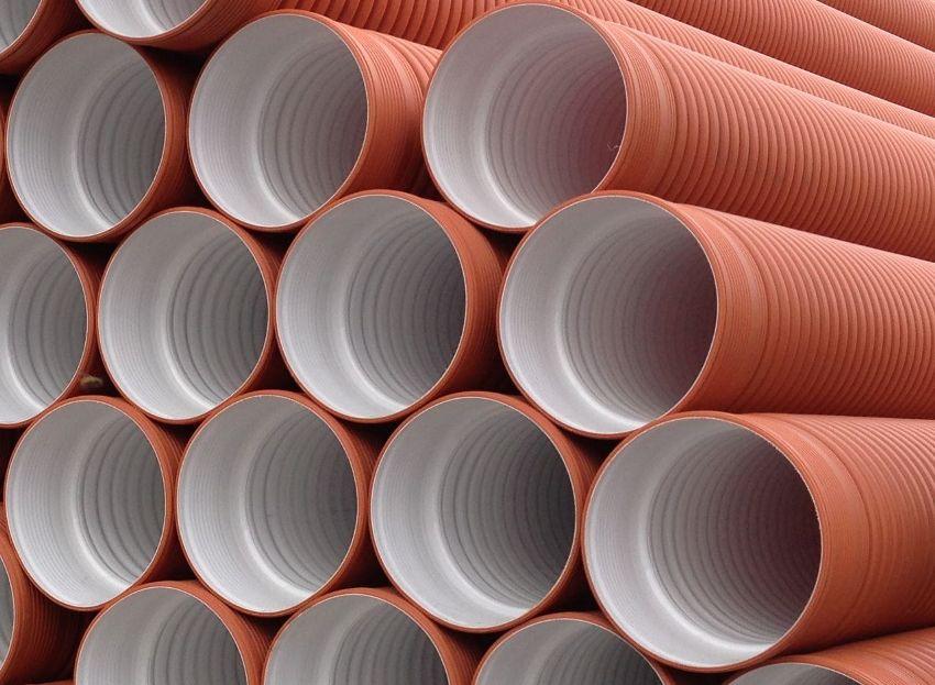Гофрированные трубы больших диаметров можно использовать для обустройства шахты питьевого колодца