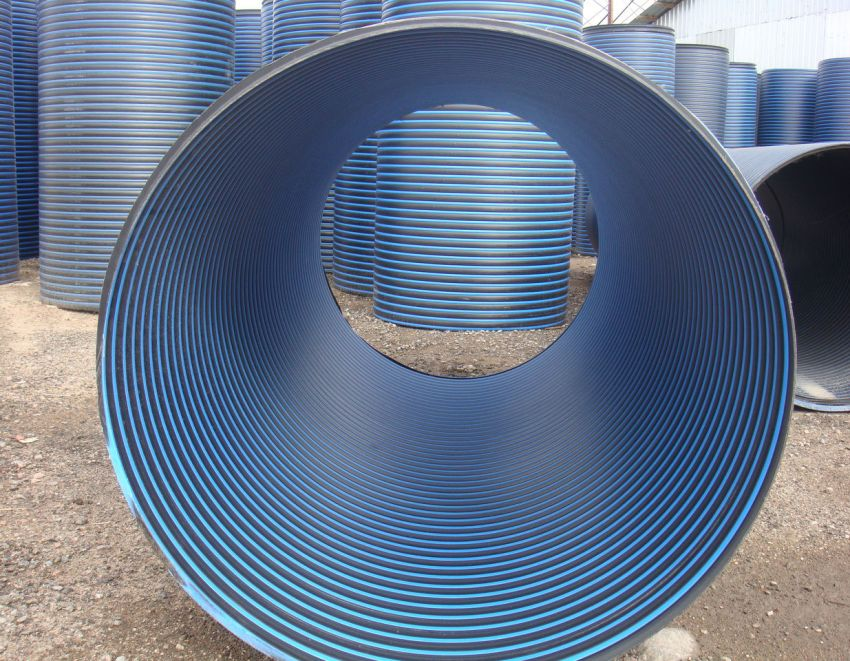 Диаметр и толщина стенки трубы, необходимой для колодца, зависят от размеров отверстия скважины и типа грунта, в котором она расположена