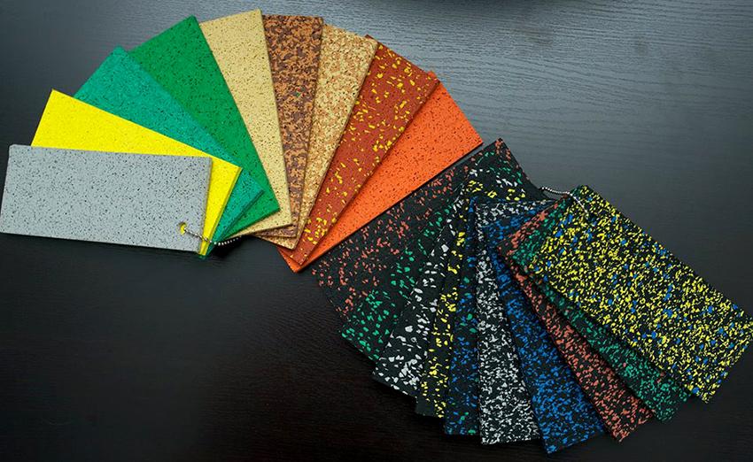 Подложки производят как из натуральных материалов, так и из синтетических