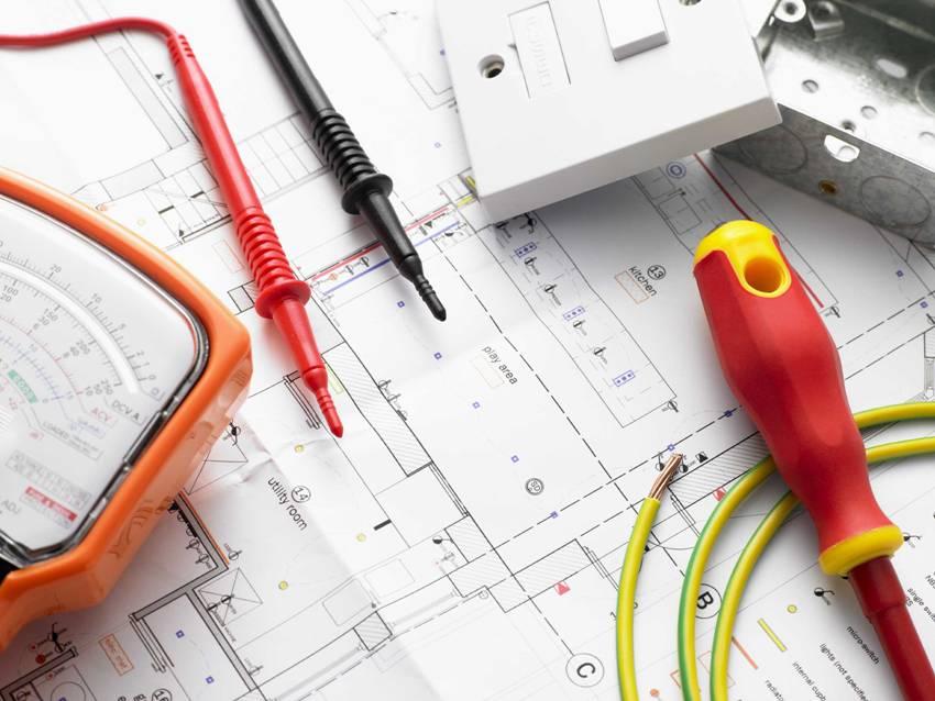 Любые работы связанные с электричеством требуют серьезного, грамотного подхода, поэтому схема электропроводки в квартире, должна быть хорошо продумана и качественно выполнена