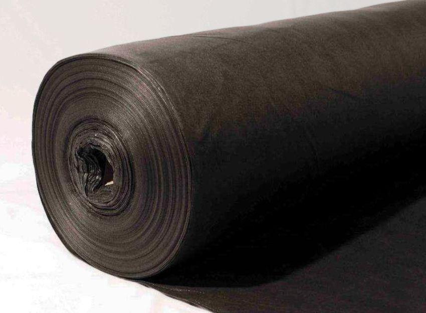 На спанбонд стабильно высокий спрос, что подстегнуло многих зарубежных и отечественных производителей к выпуску этого универсального материала