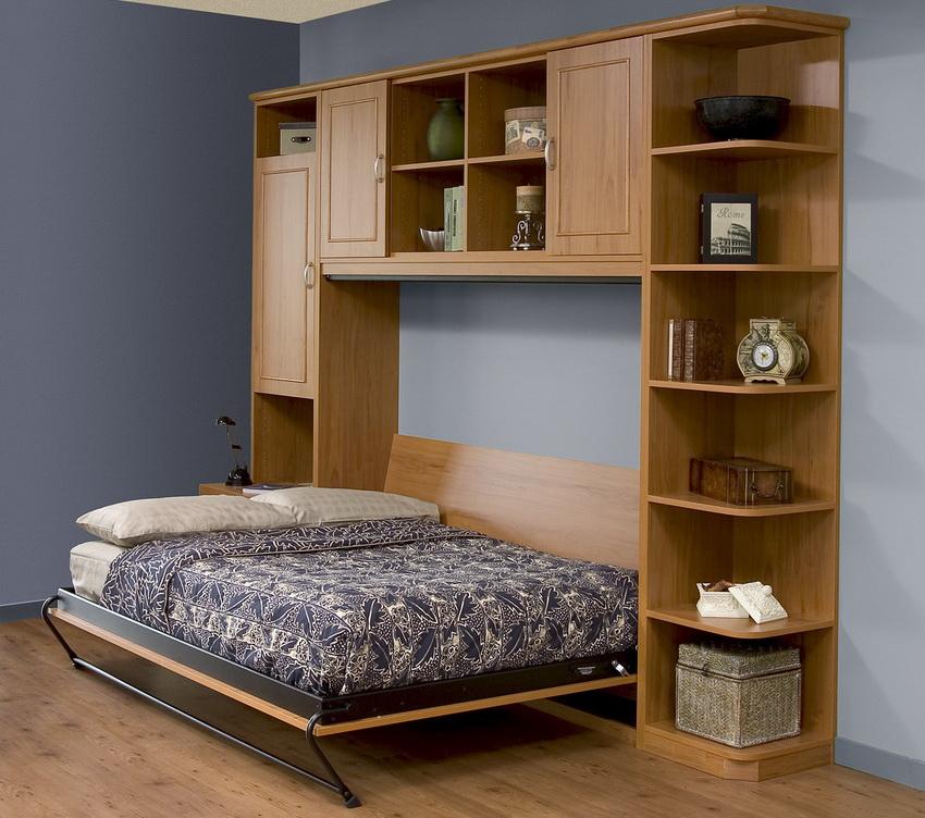 Изготовители таких кроватей обычно используют наиболее качественные материалы и фурнитуру