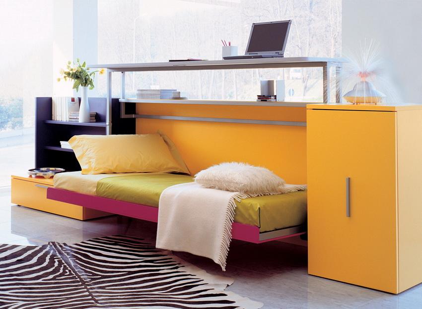 Кровать-трансформер часто используется в интерьере современных квартир
