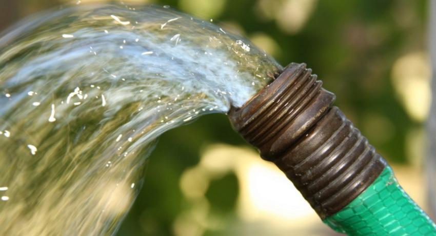 Артезианская вода залегает на самых глубоких пластах земли