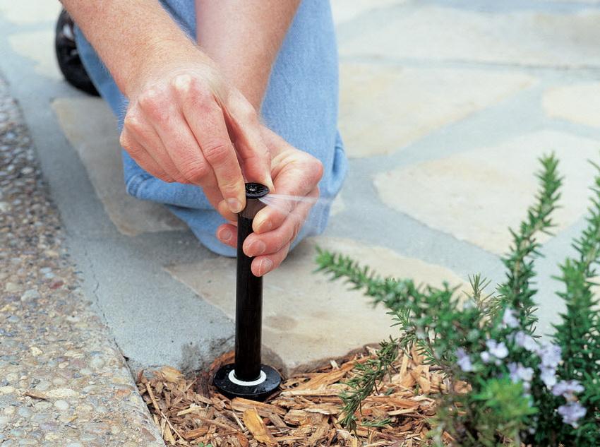 Разбрызгиватели можно настроить так, чтобы они орошали только необходимый участок