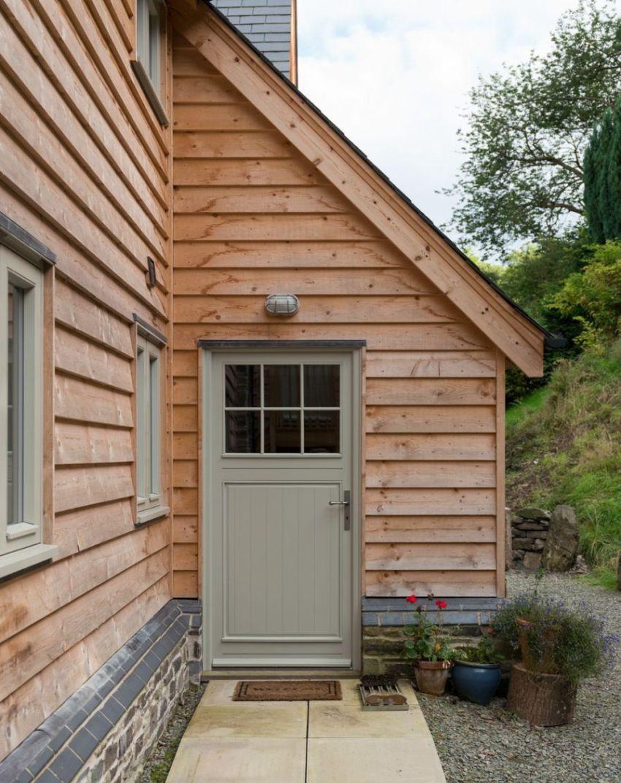 Для проекта в котором дом совмещен с баней отлично подойдет планировка в виде буквы «Г»