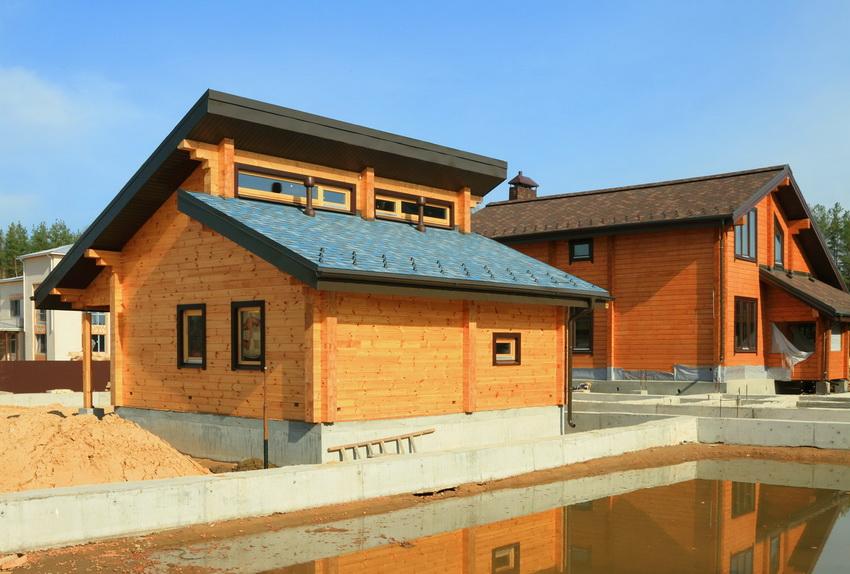 Чем больше размер постройки, тем больше материалов потребуется и тем дороже будет обслуживание бани в будущем
