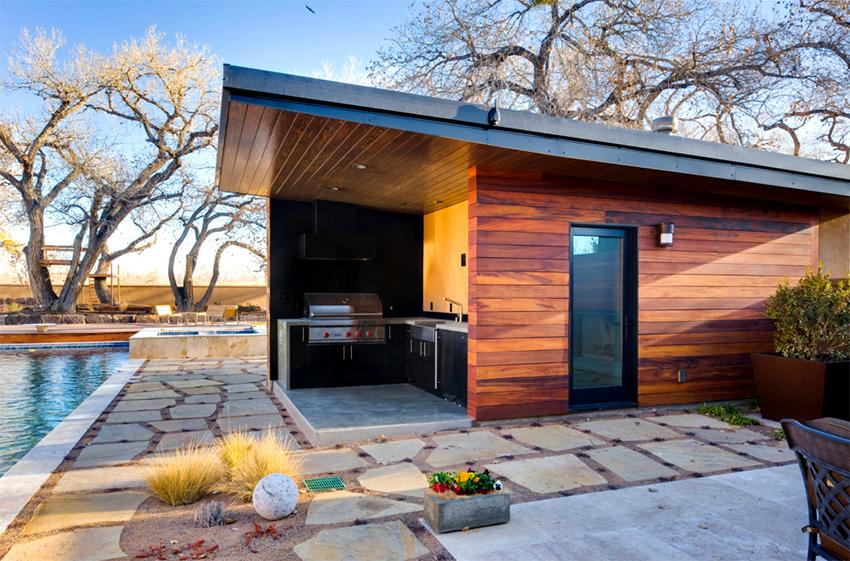 Чтобы сэкономить пространство в помещении бассейн можно установить на открытой террасеЧтобы сэкономить пространство в помещении бассейн можно установить на открытой террасе