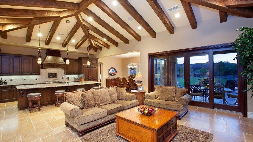 Деревянный потолок в доме: выбор качественной обшивки и технология обустройства подробно, с фото