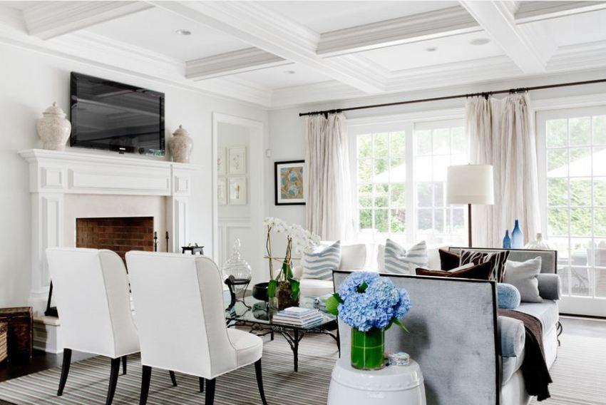 Если скомбинировать различные виды отделки, можно получить неповторимый и уникальный потолок