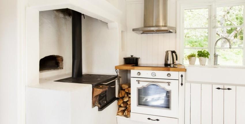 Легкость в пользовании и стильный дизайн духового шкафа Аристон FTR 850 (OW) непременно порадуют любую хозяйку