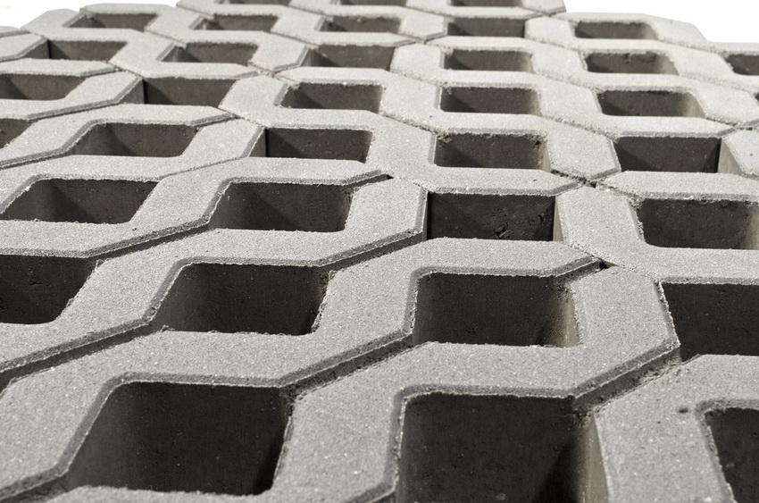 Газонная решетка Меба производства компании Меликонполар известна своим качеством и приемлемой ценой
