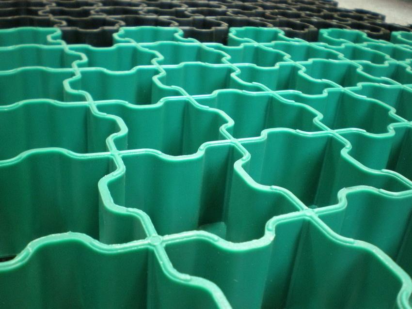 Модульные полимерные конструкции хороши своей пластичностью и легкостью в установке