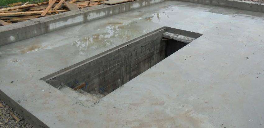 Смотровая яма в гараже своими руками - вполне выполнимая, хотя и весьма масштабная задача