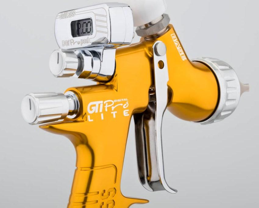 Краскопульт Devilbiss FLG 5 предназначен для нанесения любых материалов на органической основе и оснащен универсальной воздушной головой среднего давления