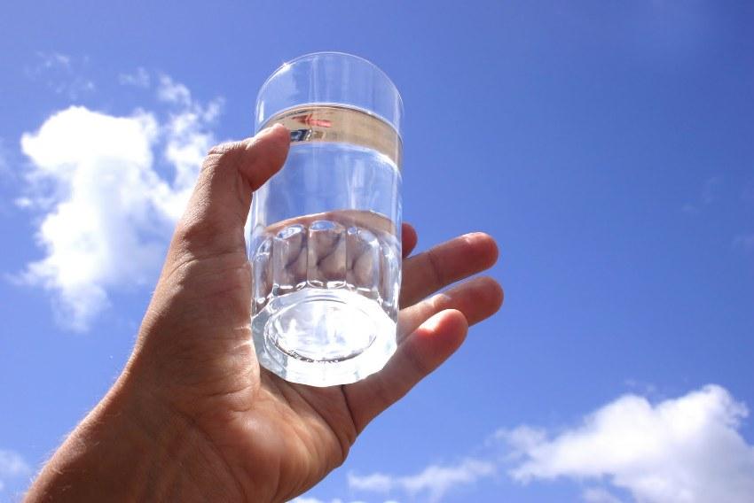 Правилно очистив воду из скважины ее можно сделать не только безопасной, но и полезной для здоровья