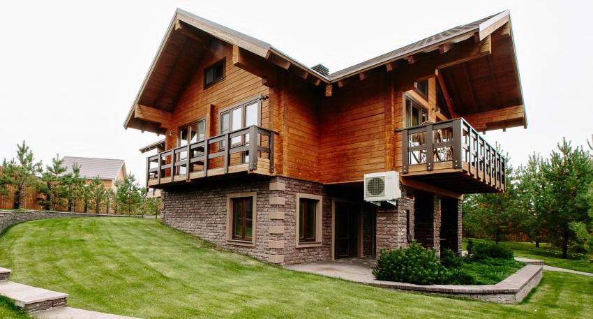 Удобство постройки с дополнительным этажом в цоколе трудно переоценить
