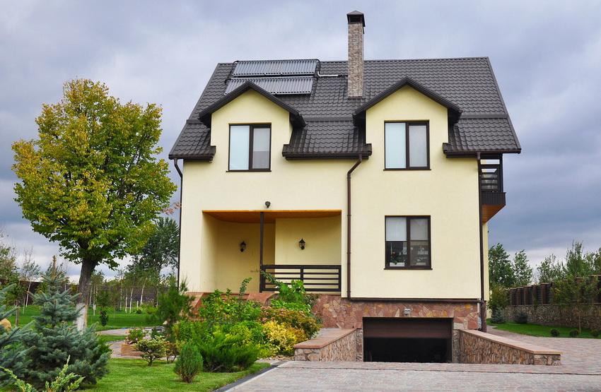 Мансарда и цокольный этаж автоматически превращают одноэтажный дом в трехэтажный без увеличения налогов