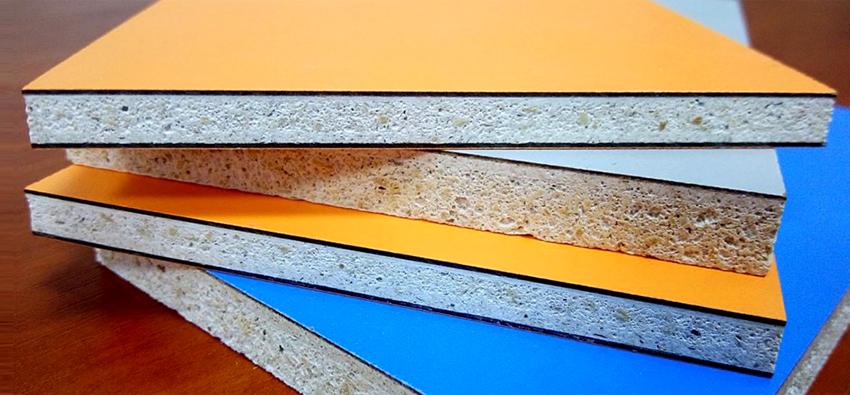 Для придания цвета стекломагнезитовые плиты окрашивают акриловой краской